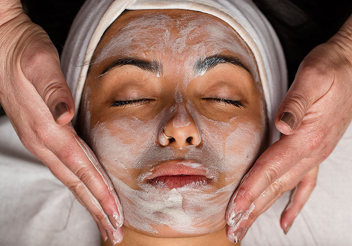 Spa Find Renewed Radiance Hydrating Mud Facial
